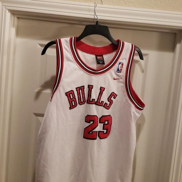 newest b1087 3ea5d Jordan #23 Bulls Jersey